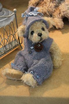 ♥ Baby Blue Bear Vintage Teddy Bears, My Teddy Bear, Cute Teddy Bears, Teddy Bear Clothes, Reborn, Boyds Bears, Bear Doll, Bear Art, Dolls