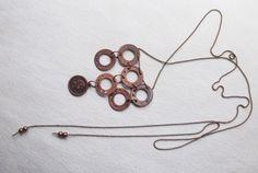Collar extra largo de acero color cobre http://www.byclaratorres.com/