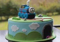 #ponque de #thomas / #thomasthetrain #cake    #torta #pastel #cakeshop #pasteleria #mocka #tren #train