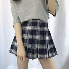 Buy Dute Plaid Pleated Skirt | YesStyle