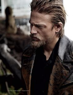 Jax Teller, the only blond beard that I don't find revolting ;)