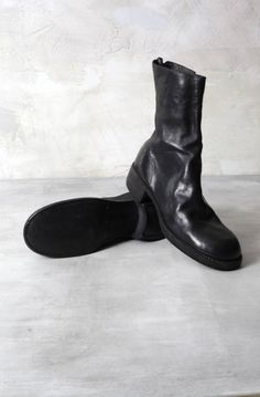 blkt horse full grain leather lined sole boots Big Black Boots, Fashion Details, Chelsea Boots, Footwear, Leather, Horse, Accessories, Shoe