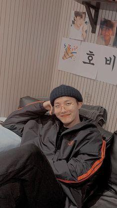 J Hope Smile, J Hope Gif, Bts J Hope, Bts Taehyung, Bts Bangtan Boy, Bts Jimin, Jung Hoseok, Foto Bts, J Hope Tumblr