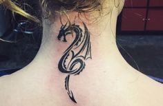 Los tatuajes de dragones, precursores de fortuna y fertilidad - http://www.tatuantes.com/tatuajes-de-dragones/ #tattoo