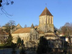 Deux-Sèvres  : L'église Saint-Hilaire, de Melle, est classée au patrimoine mondial de l'Unesco depuis 1998. © Wikimeida Commons, DP