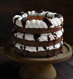 Mississippi Mud Cake with Kahlua Whipped Cream! The Chocolate Cake with Chocolate Ganache, Kahlua Whipped Cream and Oreo is the definition of indulgent baking! Tasty Chocolate Cake, Homemade Chocolate, Chocolate Cookies, Chocolate Desserts, Chocolate Ganache, Best Birthday Cake Recipe, Cool Birthday Cakes, Sweet Recipes, Cake Recipes