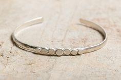 Tentez de GAGNER le bracelet Giant's Causeway en argent massif
