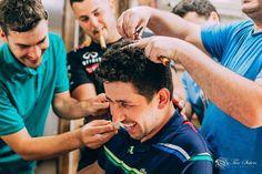 E quando no making of do noivo os padrinhos resolvem zoar geral na barbearia não deram trégua e foi diversão o tempo todo  #noivo #makingof #barbearia #casamento #barba #casamentodedia #padrinhos #wedding #boyfriend #amigos #groom #godfather #friends