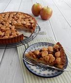 Appelkruimeltaart. Een super lekkere en gemakkelijke taart om te maken. Het recept staat op mijn blog Homemade by Joke