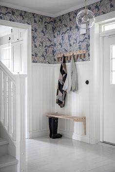 Modern entryway with white beadboard and fun wallpaper. Wooden hook and simple bench make this entryway simple and stylish. Nautical Interior, Wood Interior Design, Home Interior, Interior And Exterior, Interior Decorating, Hallway Inspiration, Interior Inspiration, White Beadboard, Entry Hallway