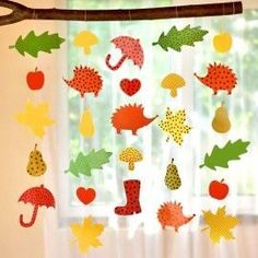 Fall chains PDF - Fall - On occasion - handicrafts- Herbstketten PDF – Herbst – Nach Anlass – Basteln Fall paper necklaces for hanging - Fall Paper Crafts, Easy Fall Crafts, Fall Crafts For Kids, Art For Kids, Diy And Crafts, Summer Crafts, Easter Crafts, Christmas Crafts, Decoration Creche