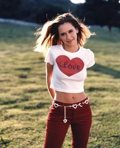 This gallery features 30 pictures of a young Jennifer Love Hewitt, including photos of her during her childhood in the late 1980s, as well as her teenager years in the 1990s when she rose to stardom for her role in Party of Five. Born on February 21, 1979 in Waco, Texas, she primarily grew up in No...