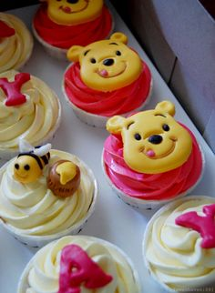 @KatieSheaDesign ♡❤ #Cupcakes ❥ Winnie the Pooh Cupcakes (design only)