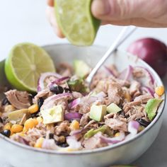Thunfisch Bowl Delicious Tuna Bowl zum Mitnehmen - Meal Prep High Protein Kohlehydrate pour un dîner sain Lunch Meal Prep, Meal Prep Bowls, Healthy Meal Prep, Healthy Recipes, Healthy Lunches For Work, Vegetarian Meal Prep, Prepped Lunches, Easy Meal Prep, Healthy Desserts