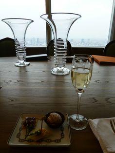 """Festa, """"HERMES"""" Camera di """"Park Hyatt Tokyo"""" (Hotel), Shinjuku Tokyo Japan (Aprile)"""