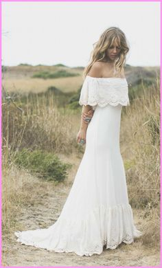 8 Appreciate Tips: Wedding Dresses Red Shades celebrity wedding gowns lace.Wedding Gowns Simple Silhouette classic wedding dresses with straps.Wedding Gowns With Sleeves Modest. 1970s Wedding Dress, Bohemian Beach Wedding Dress, Wedding Gowns, Bohemian Bride, Bohemian Weddings, Indian Weddings, Wedding Lace, Mermaid Wedding, Bohemian Style