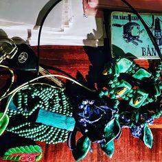 Van hogy egy kis bizsu is fel tudja dobni a napod!   . . . . Repost innen :  @szecisjutka Szecis Jutka  #dragako #ekszer #meglepetes #nekemiskell #meglepi #parfüm #arcápolás #natúrkozmetikum #natúrkozmetika #instahun #mik #instahungary Dragon, Van, Instagram, Vans
