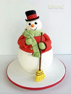 Snowman cake by sweet disposition