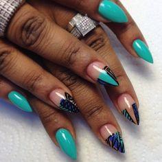 Stiletto nails - starting to like this shape and love this nail art! Crazy Nails, Fancy Nails, Nice Nails, Pretty Nails, Acrylic Nail Designs, Nail Art Designs, Acrylic Nails, Shellac Nails, Matte Nails