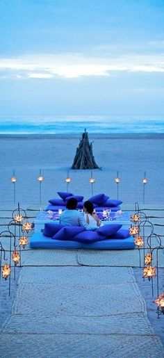 Waiting for the sunset romantic setting #romance #romantic