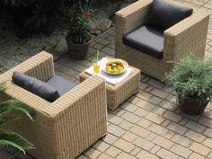 Lounge Wohnlandschaft 2 Sessel plus 1 Hocker Rattan Polyrattan Geflecht Gartenmöbel natur-beige-braun Provence günstig und sicher online bestellen!