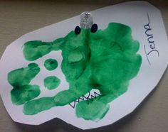 hand print alligator