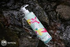Just a single drop of Free as a Bird hand wash is enough to create rich foam with black currant and violet scent! #bombcosmetics #aromatherapy #bathtimefun https://bomb.bg/sapuni/techen-sapun-za-ryce-ceni/free-as-a-bird-hand-wash-cena