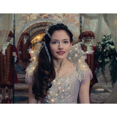 Claras costume here is gorgeous! Nutcracker and the Four Realms Nutcracker Movie, Nutcracker Costumes, Mackenzie Foy, Walt Disney, Rapunzel, Mother Images, Recent Movies, Live Action Movie, Princess Aesthetic