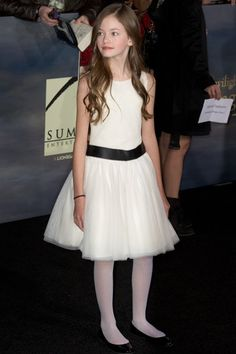 Young Hollywood's fashionistas Mackenzie Foy of Breaking Dawn is girly and totally adorable! She's done ads for Ralph Lauren, Guess and Gap - how cool!