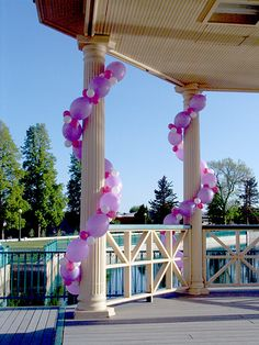 Party, wedding, any occasion! Make the balloons different colors for different events! Red & Green for Christmas, Red, white & blue for July Balloon Pillars, Balloon Arch, The Balloon, Balloon Decorations, Birthday Party Decorations, Birthday Parties, Party Ballons, Deco Ballon, Outdoor Wedding Decorations