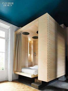 Risultati immagini per letti baldacchino moderni design | Letti ...