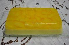 Delícia de Ananás Ingredientes 1 embalagem de gelatina de ananás 1/2 lata de leite condensado 1/2 lata de ananás em calda picado Faz-se a gelatina conforme as instruções mas põe-se metade da água fria, que substitui-se pela calda do ananás. Divide-se em dois. Numa forma (usei uma de bolo inglês) põe-se o ananás picado no …