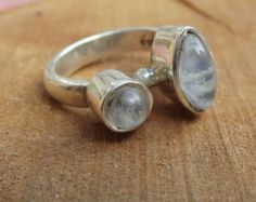 Two-tone Moonstone Silver Ring // 925 Sterling Silver //