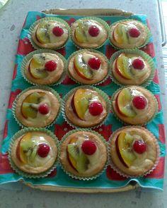 Crostatine di frutta con crema pasticcera