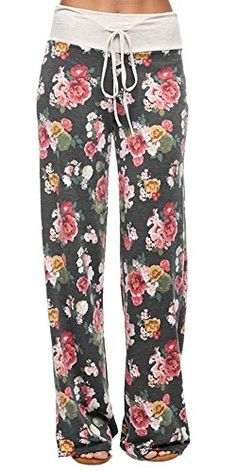 Floral Casual Lounge Pants Why not be in style with these cute floral lounge pants while relaxing. These trendy floral pants are great for a chilly morning, watching t. or just a lazy day. Wear with your favorite tee for a gr Lounge Pants, Lounge Wear, Rockabilly, Over Boots, Casual Outfits, Cute Outfits, Casual Wear, Vogue, Floral Pants