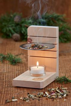 Zirbenholz-Räucherstövchen Smoking can be as beautiful as with this modern pine wood warmer. With the milled grooves, it has ingeniously simple adjustment options for the smoking sieve. Woodworking Projects Diy, Diy Wood Projects, Wood Crafts, Woodworking Plans, Diy Home Crafts, Diy Arts And Crafts, Diy Home Decor, Diy Candles, Interior