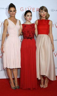 La alfombra roja se viste con tres colores antagonistas, perfectos para cerrar la temporada nupcial