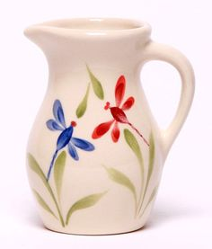 Emerson Creek Pottery Here is a small but elegant hand-painted ceramic posie…