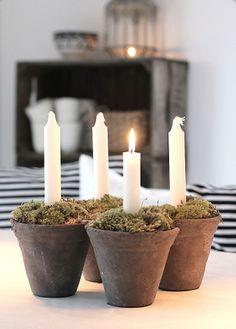 Join us: https://www.facebook.com/metysetvous  Petit pot de fleur avec mousse+ bougie = jolie coin de verdure pour ambiance nature