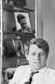 Robert F Kennedy with JFK photograph US Senator from New York Robert F Kennedy… Robert Kennedy, Les Kennedy, Ethel Kennedy, Jackie Kennedy, Jaqueline Kennedy, Us History, American History, Familia Kennedy, John Junior