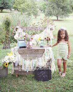 Wildflowers Mini Sessions Outdoor Photo Set