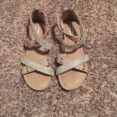 Not rated sandals Cream with sparkly stones. Zip up in back worn a handful of times. Size 7 Not Rated Shoes Sandals