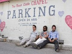 Justin Bartha, Bradley Cooper, Zach Galifianakis, and Ed Helms in The Hangover The Hangover 2009, Best Hangover Cure, Hangover Cures, Hangover Meme, Justin Bartha, Zach Galifianakis, Luke Evans, Bloody Mary, Moda Masculina