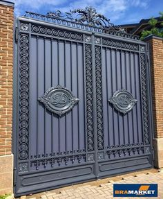 """A """"c"""" on the gate would be awesome or PnP New Gate Design, Iron Main Gate Design, Gate Wall Design, House Main Gates Design, Steel Gate Design, Front Gate Design, Main Door Design, Simple Iron Gate Designs, Gate Designs Modern"""
