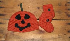 Little Jack-O-Latern Pumpkin Crochet Baby Hat and Shoes Set - Made to Order - Sizes 0-12 Months