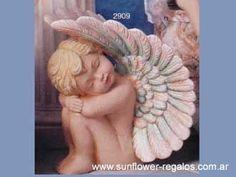 Resultado de imagen de como pintar angeles de yeso Ceramic Shop, Ceramic Art, Tall Christmas Trees, Christmas Cards, Ceramic Bisque, Angel Ornaments, Angeles, Garden Sculpture, Decoupage
