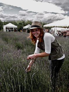 Lovely lady cutting the perfect UPick lavender bouquet!  #lavenderfarm #upick #garden #organic #hoodriver #familyfun