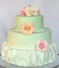 Lovely mint wedding cake very pretty