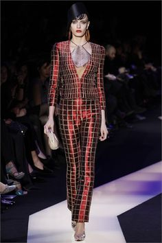 Giorgio Armani Haute Couture Spring/Summer 2013.. www.fashion.net