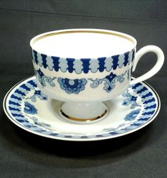 """Wallendorf blue and white pedestal tea cup and saucer, made in Germany. In addition to the maker's mark, there are the words """"Echt Kobalt"""" and """"Made in GDR"""". Vintage Cups, Vintage Dishes, Vintage Tea, Tea Cup Set, Tea Cup Saucer, Porcelain Mugs, Chocolate Cups, Bavaria Germany, Antique China"""